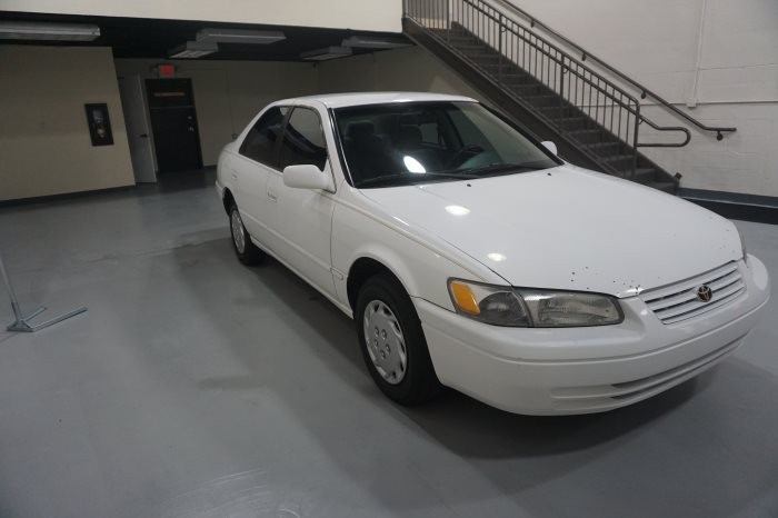 Toyota Camry CE 1999 full