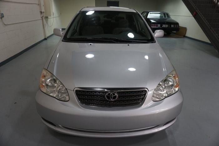 Toyota Corolla LE 2005 full