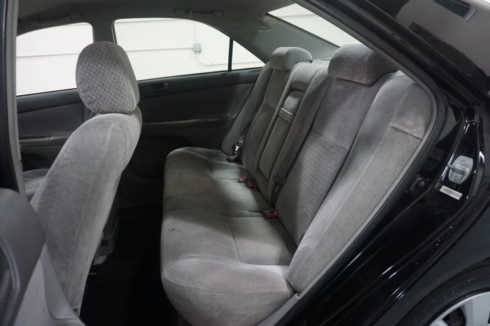 Toyota Camry LE 2002 full