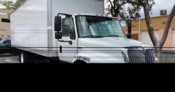 2012 International 4300 DuraStar 26′ Box Truck 2012